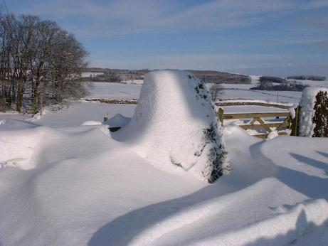 Northumberlandfarmhouse snow in January